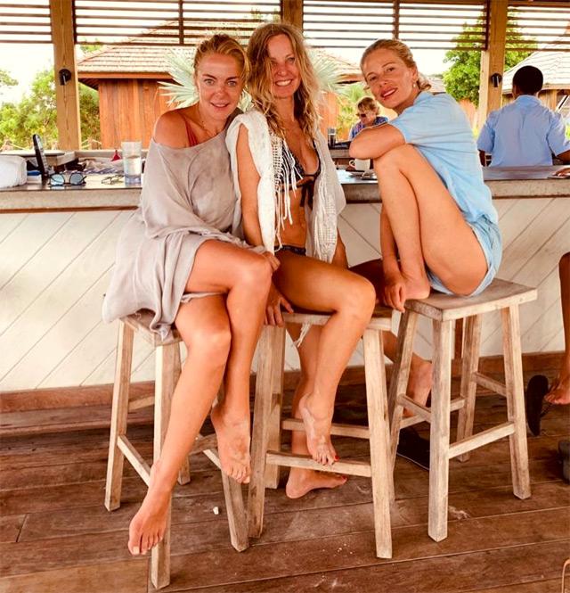 Alessia Marcuzzi e Claudia Gerini in vacanza insieme ai Caraibi e con una terza amica, Eleonora Tersigni