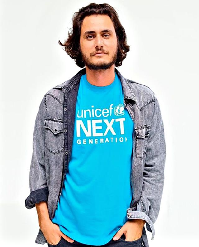 Charly Vezza, giovane imprenditore proprietario del marchio Gufram, sarebbe il nuovo amore della modella