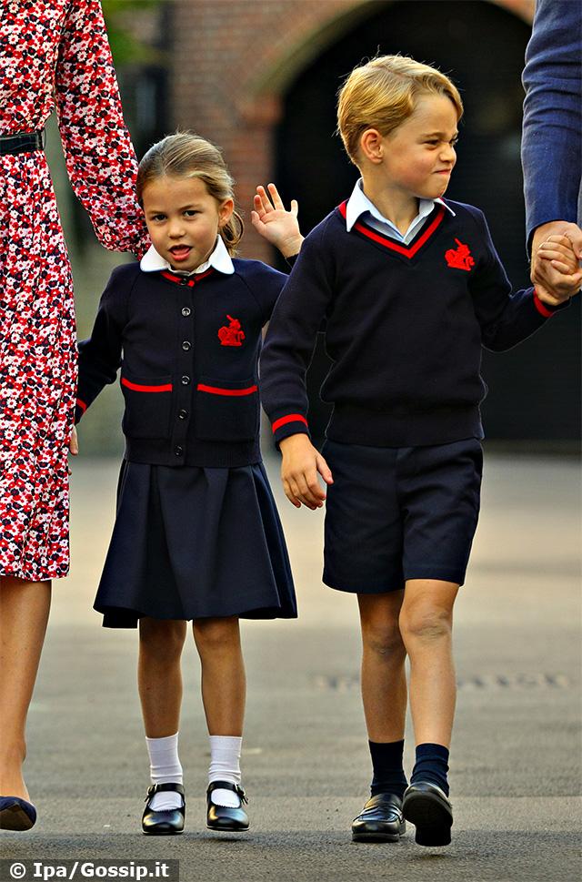 Primo giorno di scuola per la Principessa Charlotte, che da oggi frequenta lo stesso istituto del fratello maggiore, il Principe George