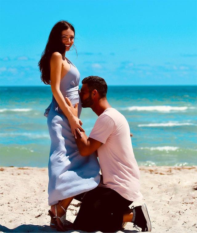 Clarissa Marchese e Federico Gregucci: la foto con cui è stata annunciata sui social la gravidanza