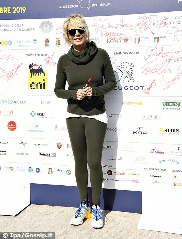 Maria De Filippi, 57 anni, a 'Tennis and Friends' a Roma: si tratta di una rarissima uscita mondana per la conduttrice