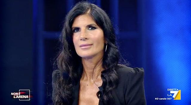 Pamela Prati, 60, di nuovo in tv