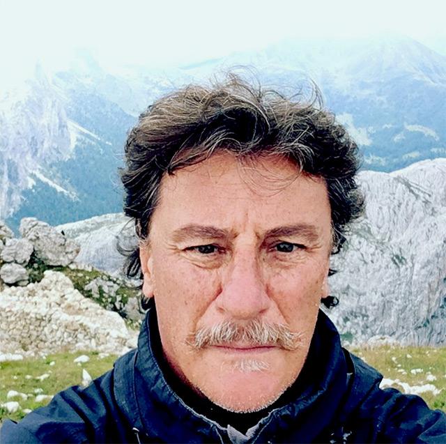 L'attore Giorgio Tirabassi, 59 anni, ha avuto un infarto venerdì sera ed è stato operato d'urgenza