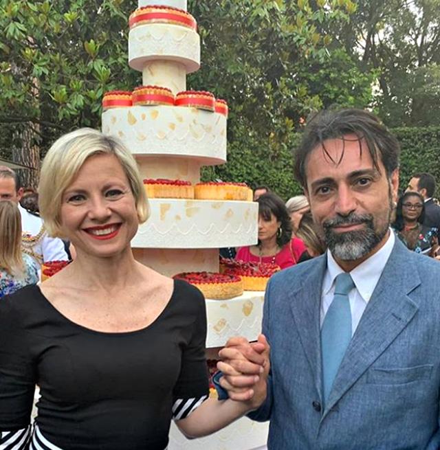 Antonella Elia e Pietro Delle Piane sulla via dell'altare