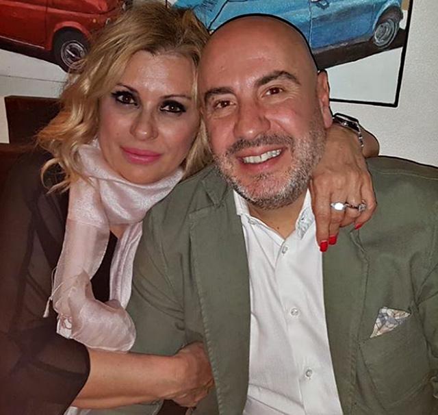 Tina Cipollari, 54 anni, insieme al compagno Vincenzo Ferrara