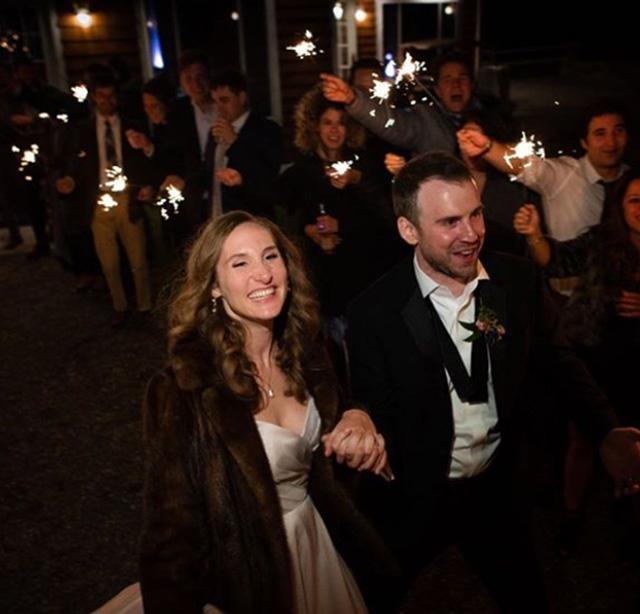 Martina Anne Bonolis con il neo marito Tito Garza