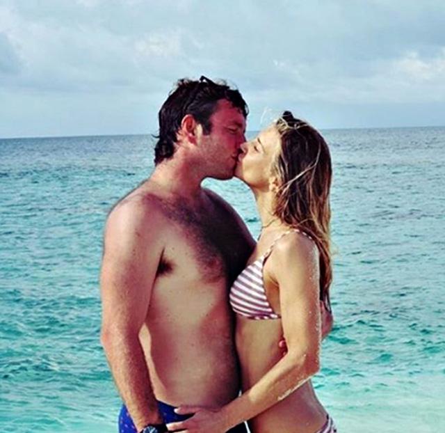 Nicoletta Romanoff, 40 anni, in viaggio di nozze alle Maldive con il neo marito Federico Alverà