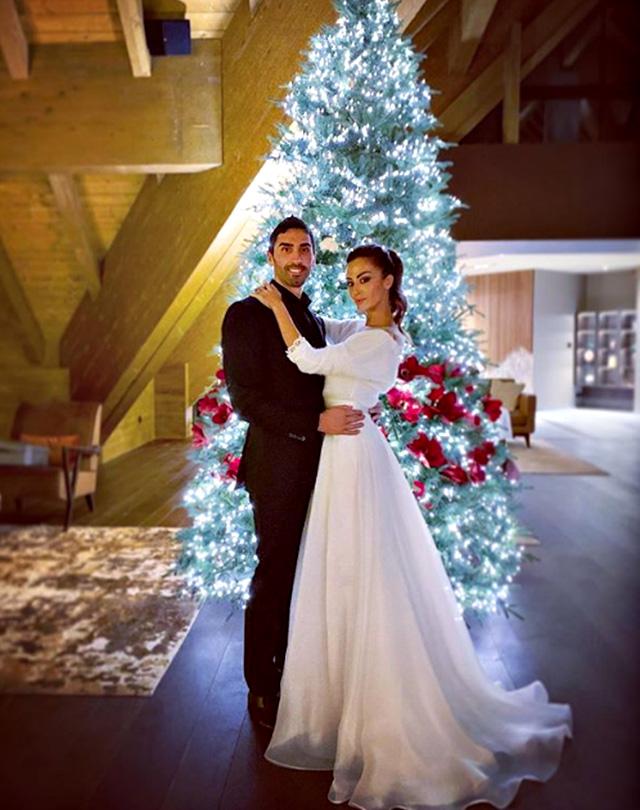 Giorgia Palmas, 37 anni, e Filippo Magnini, 37, posano come due sposi sulle Dolomiti