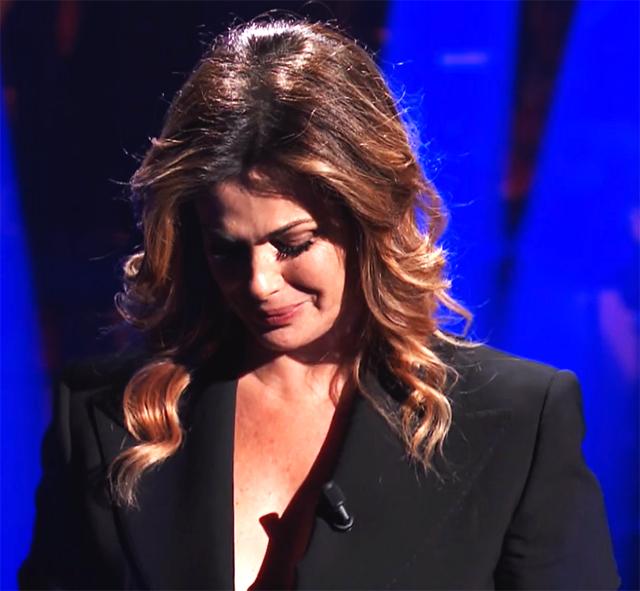 Durante la diretta la Incontrada non è riuscita a trattenere le lacrime