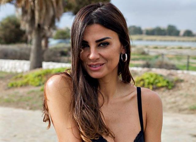 Serena Enardu risponde per le rime ad Anna Pettinelli