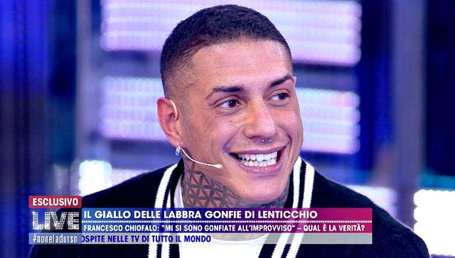 Francesco Chiofalo: 'Pensano che sia rifatto perché sono troppo bello'