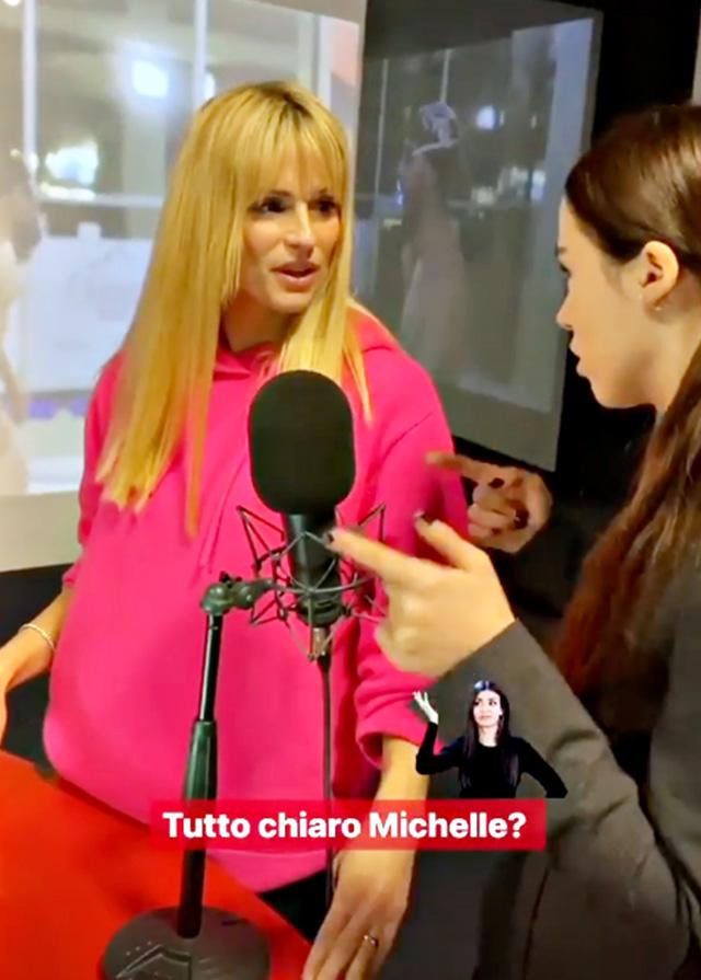 Aurora Ramazzotti insegna a Michelle Hunziker a fare la radio