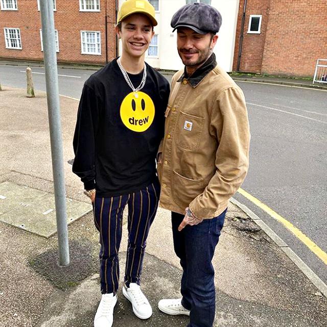 Romeo Beckham e papà David: la foto che secondo il 17enne prova il sorpasso in altezza del genitore