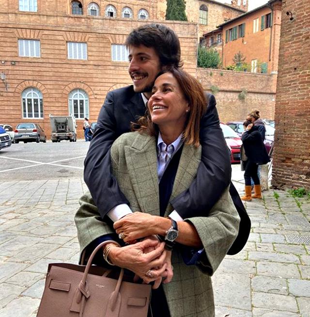 Cristina Parodi mamma felice: il figlio Alessandro si è laureato con 110 e lode