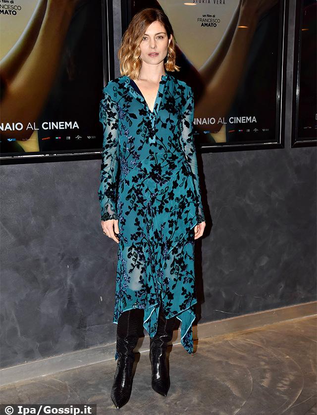 Vittoria Puccini, 38 anni, alla premiere del film '18 regali' a Roma