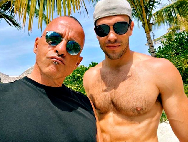 Eros Ramazzotti, 56 anni, in vacanza alle Maldive con il 'genero' Goffredo Cerza, fidanzato della primogenita