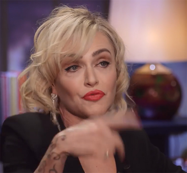 La showgirl ha parlato anche della fine del matrimonio con Gianni Sperti e del processo per possesso di droghe iniziato nel 2001