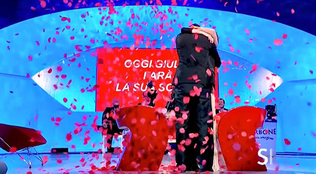 Giulio Raselli sceglie Giulia D'Urso a Uomini e Donne: Giovanna Abate non la prende bene