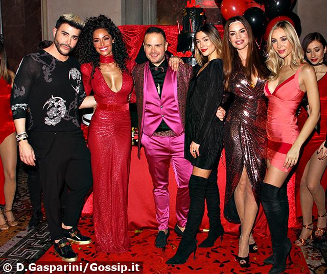 Da sinistra: Giacomo Urtis, 42 anni, Raffaella Fico, 31, Antonello Lauretti, 40, Soleil Stasi, 25, Antonella Mosetti, 44, e Laura Cremaschi, 33