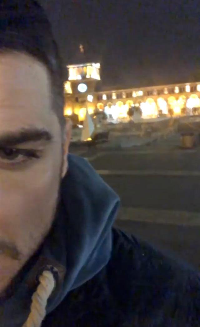 Luigi Mario Favoloso, 31 anni, nella clip condivisa dall'Armenia