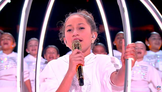 Emme si è esibita anche da sola sul palco sulle note di 'Born in the USA'