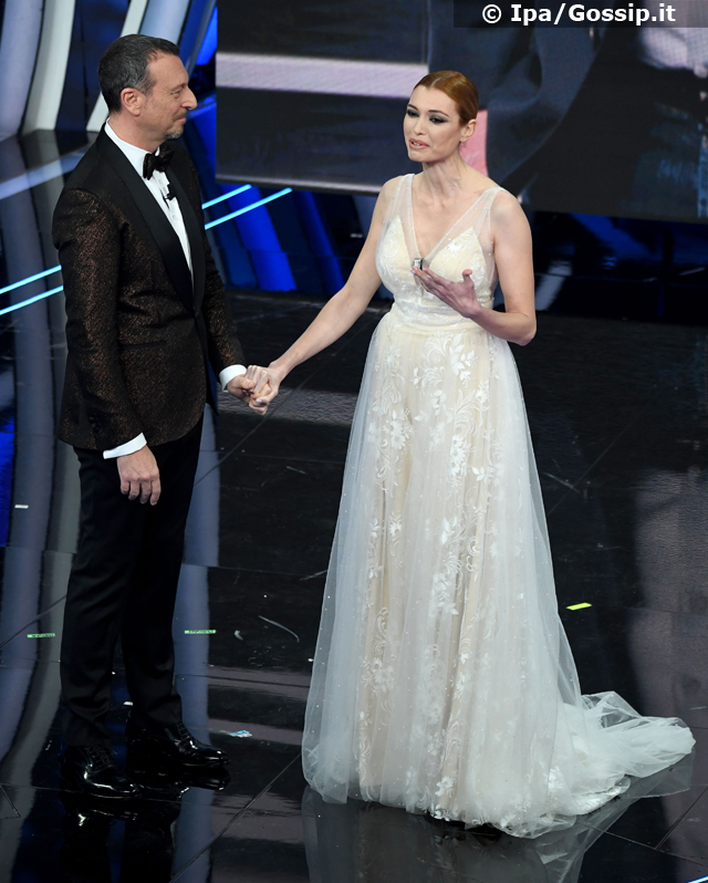 Carlotta Mantovan a Sanremo 2020: Amadeus ricorda Fabrizio Frizzi