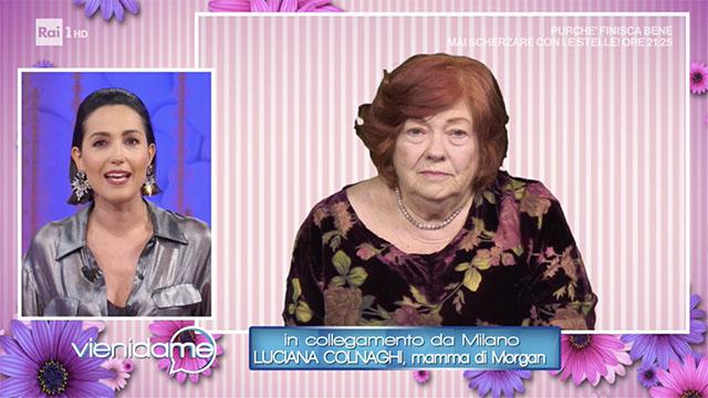 La mamma di Morgan in lacrime in tv: il cantante chiama e fa pace con lei