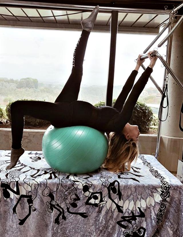 Cristina Marino, 29 anni, anche al settimo mese di gravidanza si dedica al corpo e alla salute