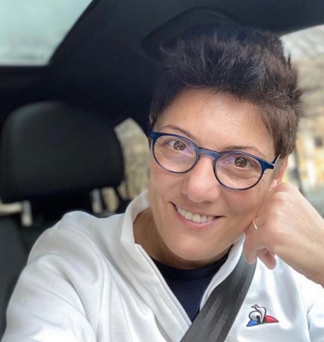 Imma Battaglia, 60 anni tra pochi giorni, è la moglie di Eva Grimaldi, storica ex di Garko