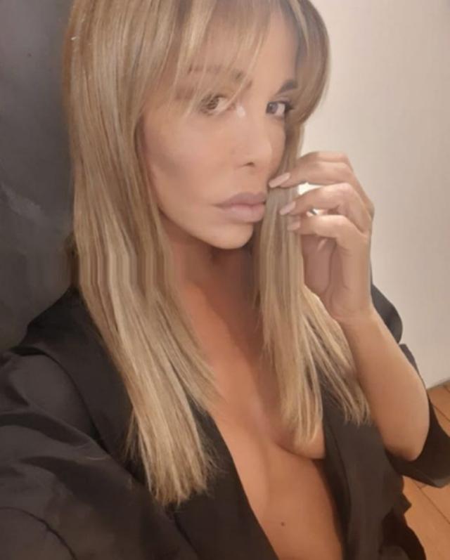 Vera Gemma, 49 anni, ha spiegato che il suo modello di bellezza sono le donne transessuali
