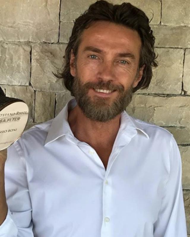 Alessio Boni papà per la prima volta a 53 anni: è nato Lorenzo