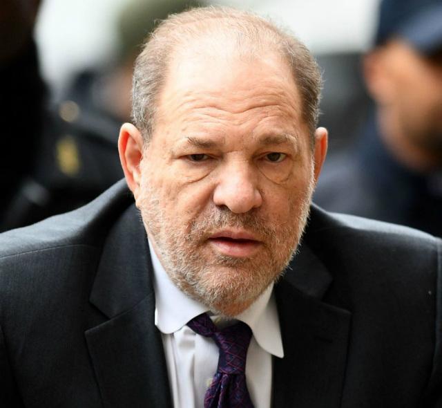 Harvey Weinstein, 68 anni, è risultato positivo al Coronavirus in carcere