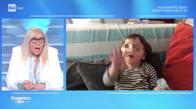 Mara Venier vede in video il nipotino Domenica In e piange: 'I nonni mi possono capire...'