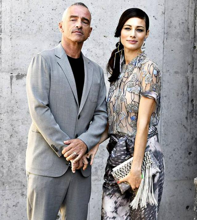 Eros Ramazzotti, 56 anni, e Marica Pellegrinelli, 32, starebbero trascorrendo la quarantena insieme ma solo per il bene dei loro bambini, sebbene qualcuno parli di ritorno di fiamma...