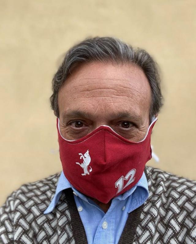 Piero Chiambretti, 64 anni, ha voluto ringraziare medici e infermieri del Mauriziano di Torino per avergli salvato la vita e aver provato di tutto per salvare quella della madre