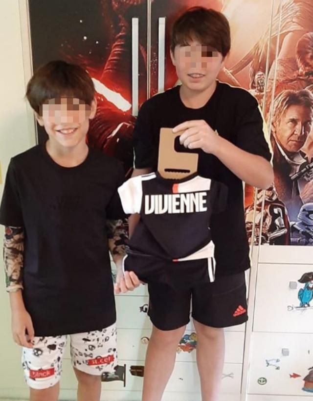 Alena Seredova, la figlia Vivienne Charlotte ha già la maglia della Juve, gliel'ha regalata Andrea Agnelli