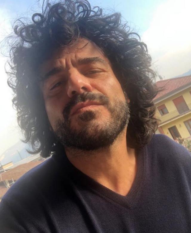 Francesco Renga, 51 anni, considera Ambra Angiolini, 43, la sua 'famiglia'