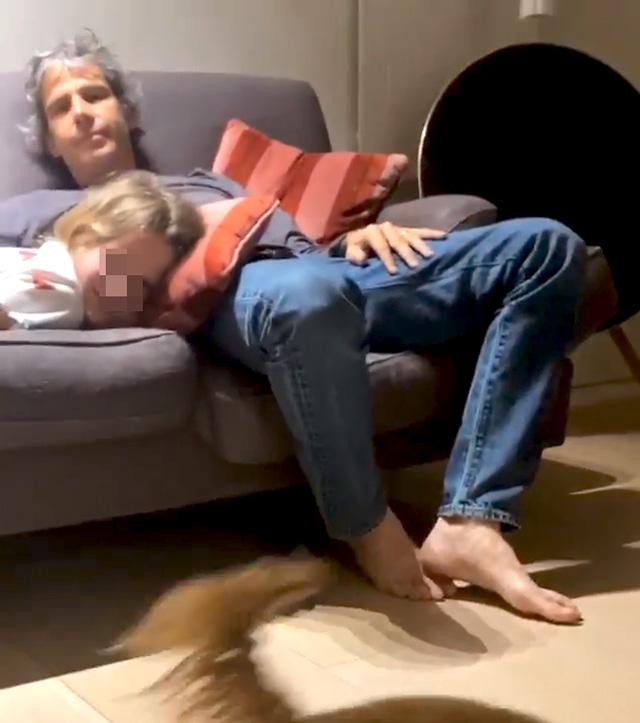 Altro che crisi! Alessia Marcuzzi e il marito sono ancora una coppia: lui ricompare nelle Stories