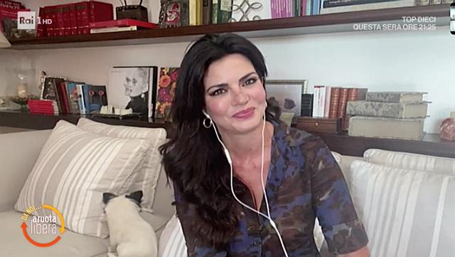 Laura Torrisi, 40 anni, racconta di essere single e felice così