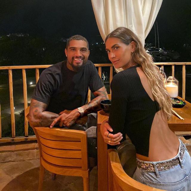 Kevin Prince Boateng, 33 anni, insieme alla moglie Melissa Satta, 34, durante una romantica cena a due