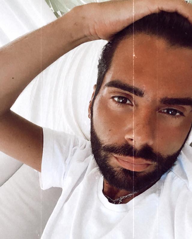 Federico Fashion Style, 31 anni, ha la febbre e sintomi 'stranissimi': ha contratto il Coronavirus in Sardegna