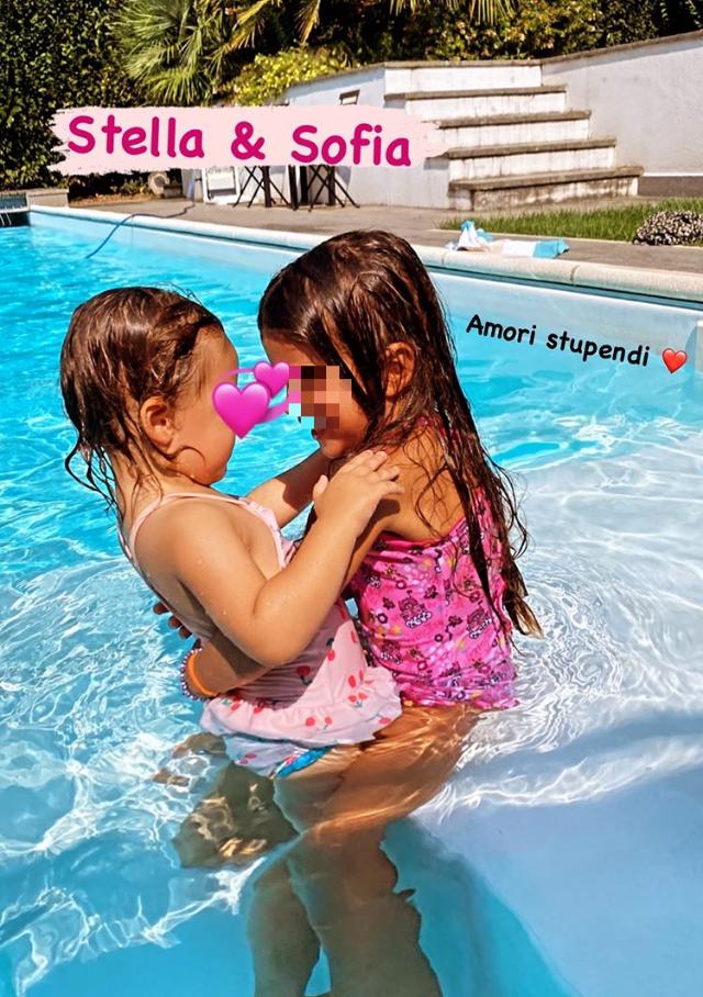 Le figlie di Federica Nargi e Costanza Caracciolo sono amiche per la pelle: guarda