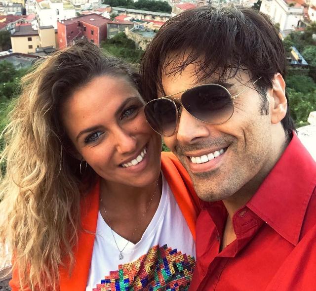 La fidanzata di Massimiliano Morra contro Adua Del Vesco: 'Povera santa infelice'