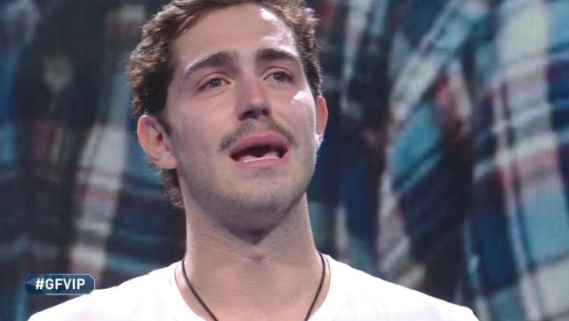 Tommaso Zorzi in lacrime per il padre: 'Mi ha abbandonato'