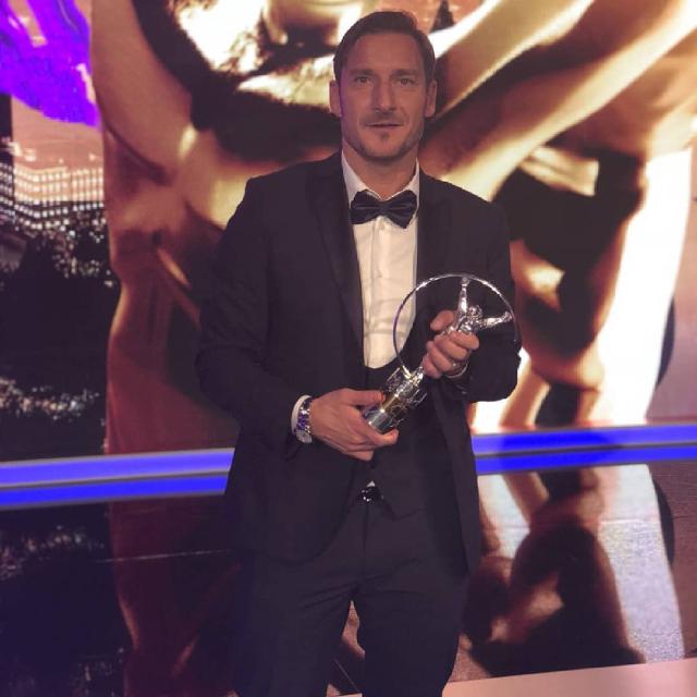 Francesco Totti: 'La De Filippi e Costanzo mi hanno di fatto cambiato la vita'