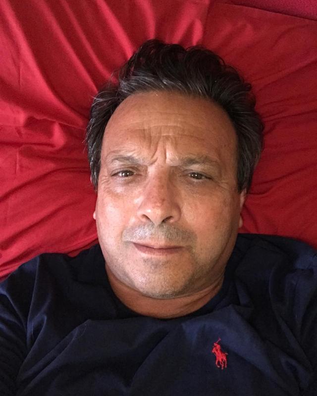 Piero Chiambretti, 64 anni, ha rivelato di avere ancora gli incubi per la degenza passata in ospedale con il Covid lo scorso marzo