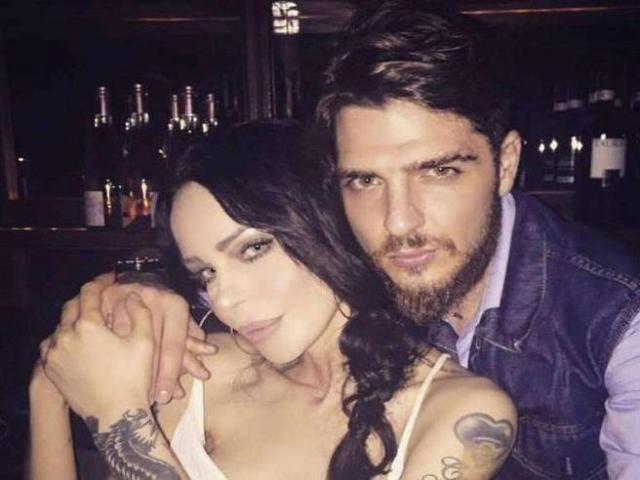 Luigi Mario Favoloso, 32 anni, ha fatto sapere di pensare che Fabrizio Corona dovrebbe tenere il figlio Carlos più vicino possibile a sé