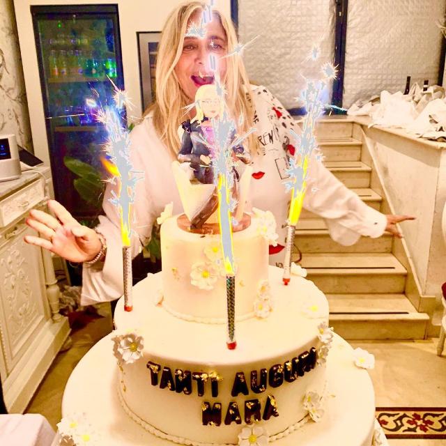 Mara Venier, ecco con quale coppia famosa ha festeggiato i 70 anni: foto