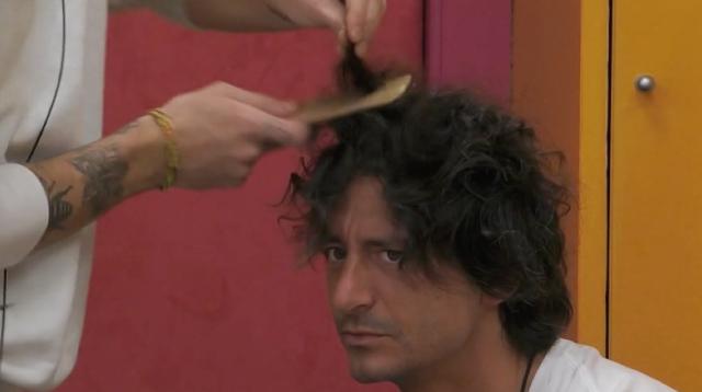 Tommaso Zorzi rifà il look a Francesco Oppini: il risultato