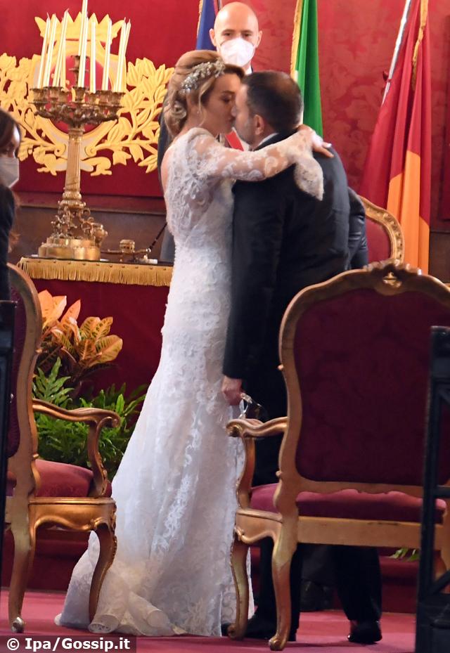 A pochi mesi dal divorzio Fausto Brizzi sposa Silvia Salis: le foto delle nozze